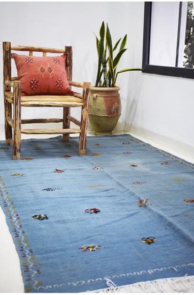 Grand tapis Kilim fond bleu