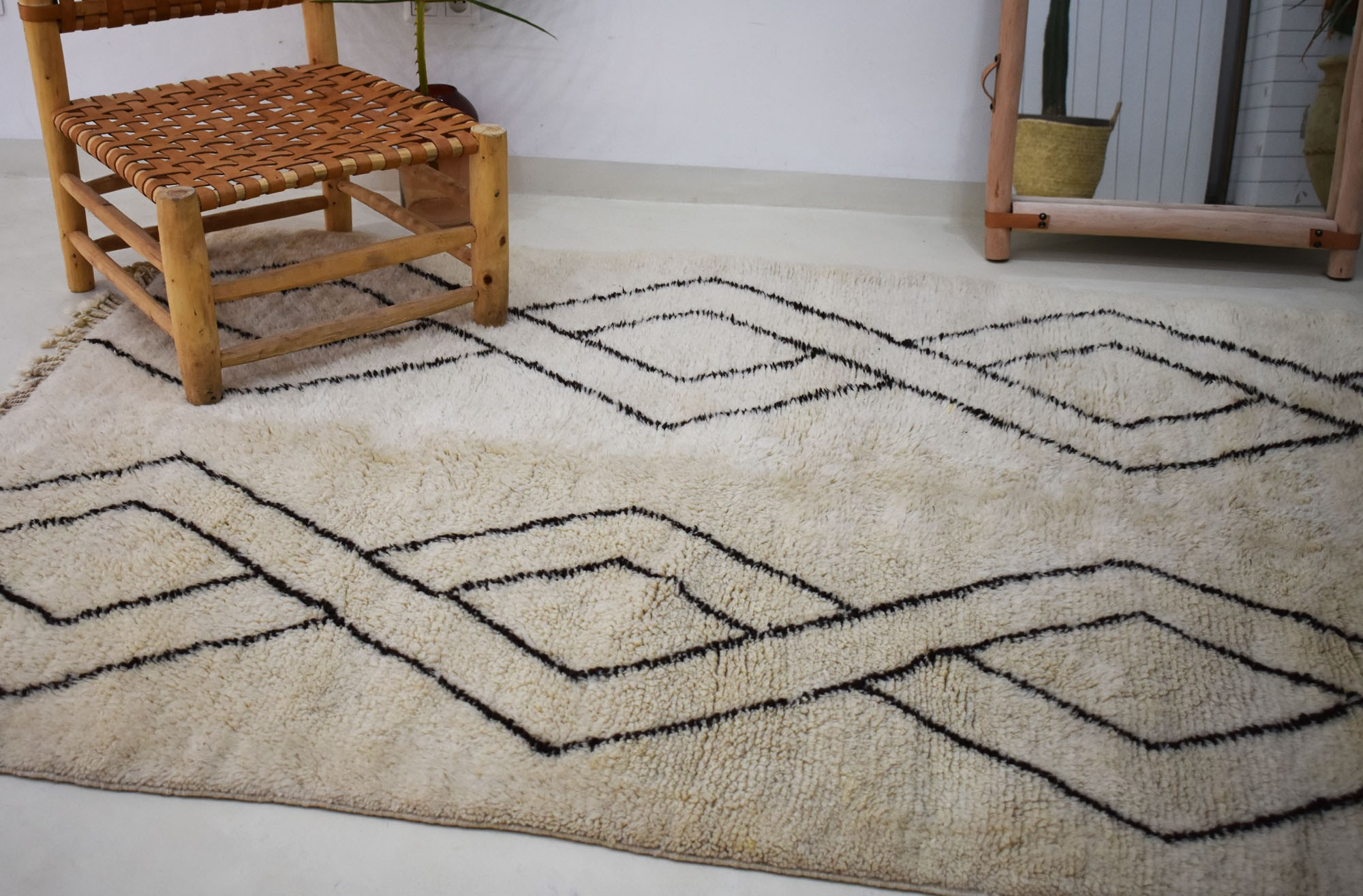 Mrirt Rug Top Bottom