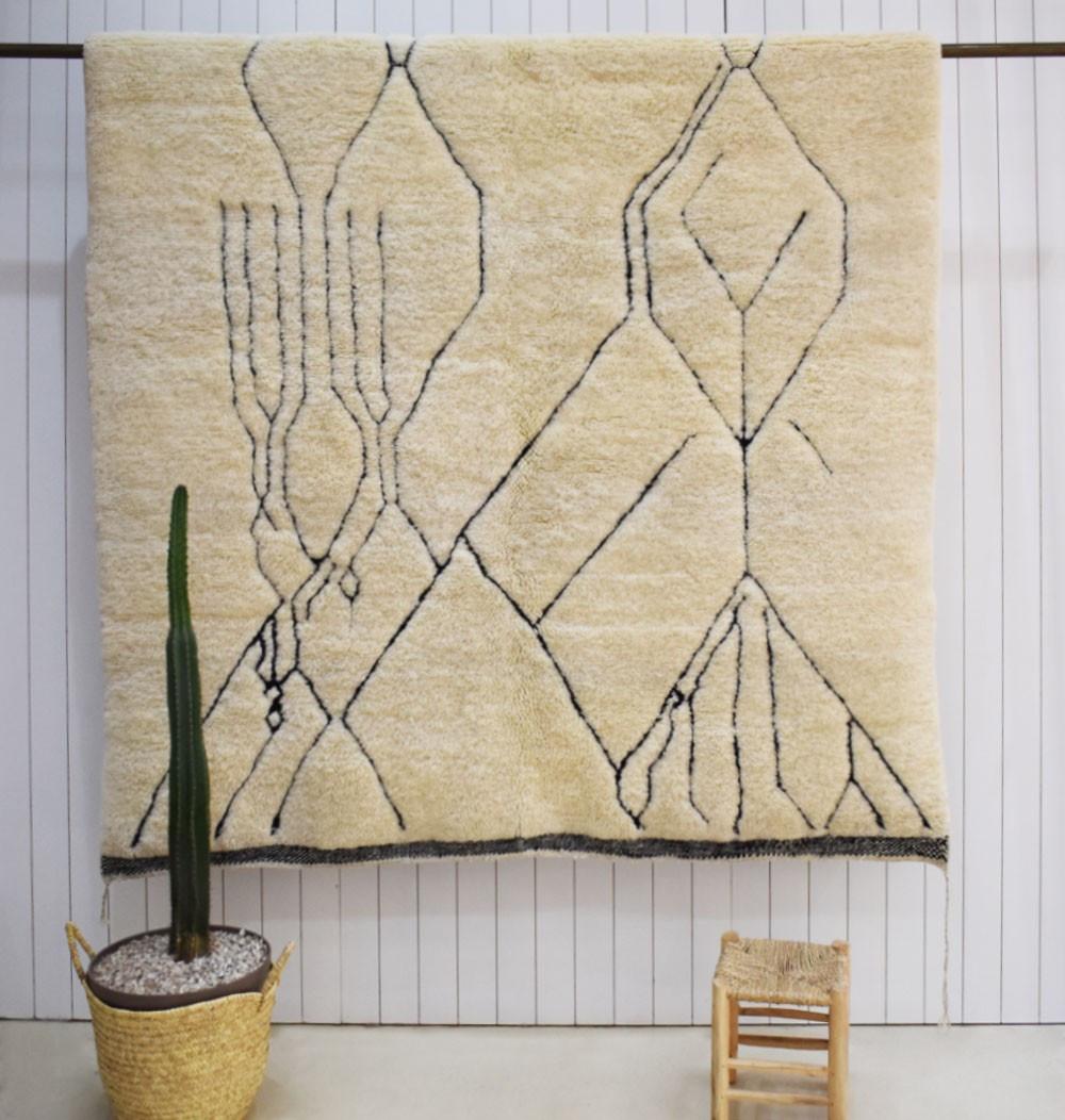 Abstract Mrirt rug