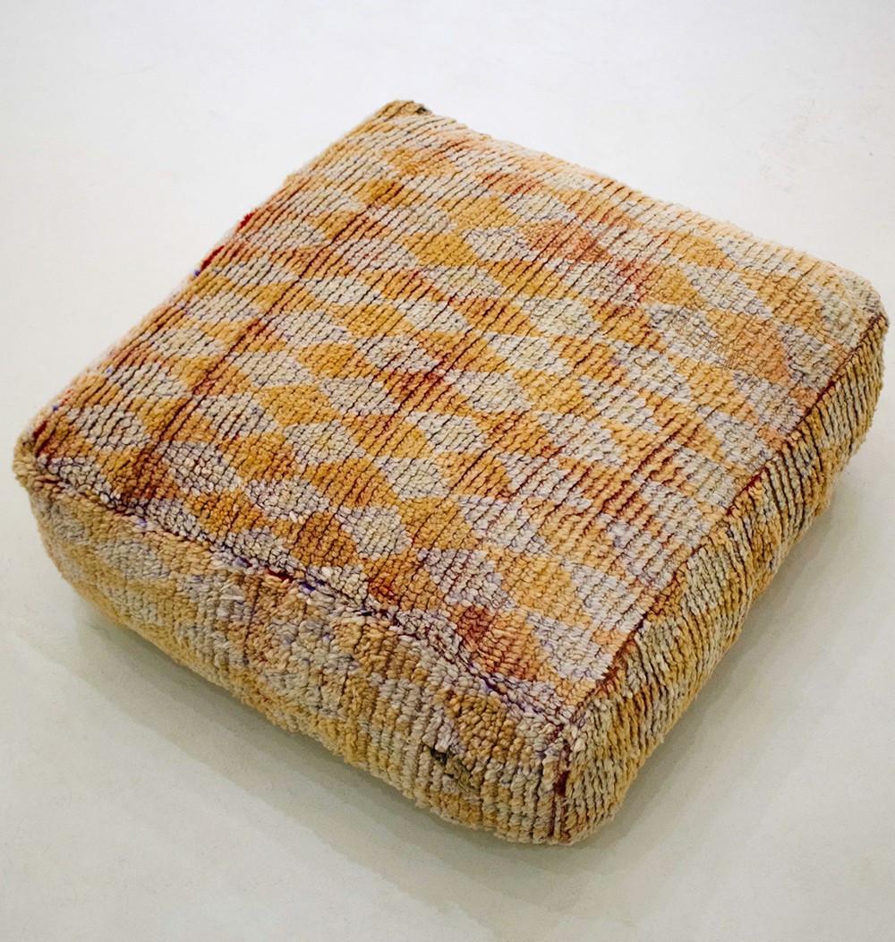 Vintage square pouf in orange diamond wool