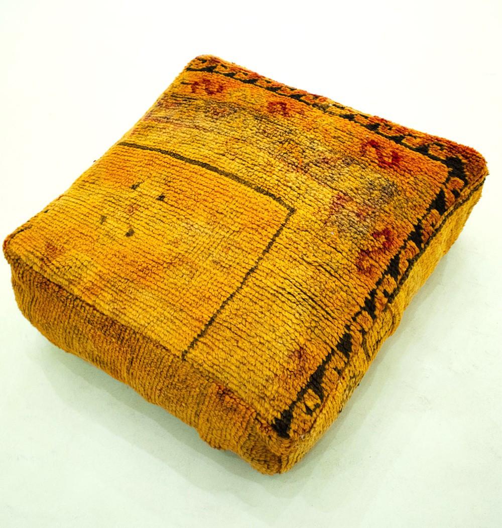 Pouf Vintage carré en laine velours orange et noir