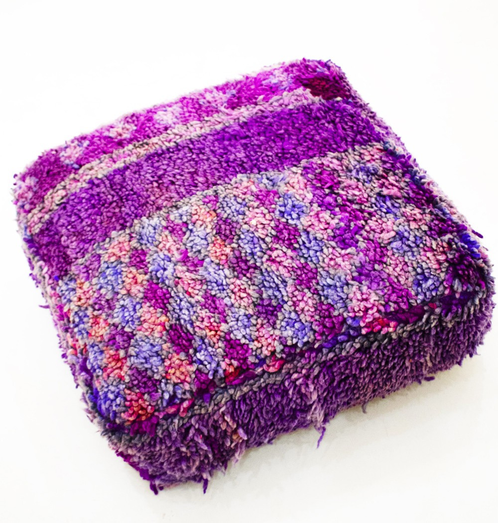 Vintage square pouf in thick purple wool