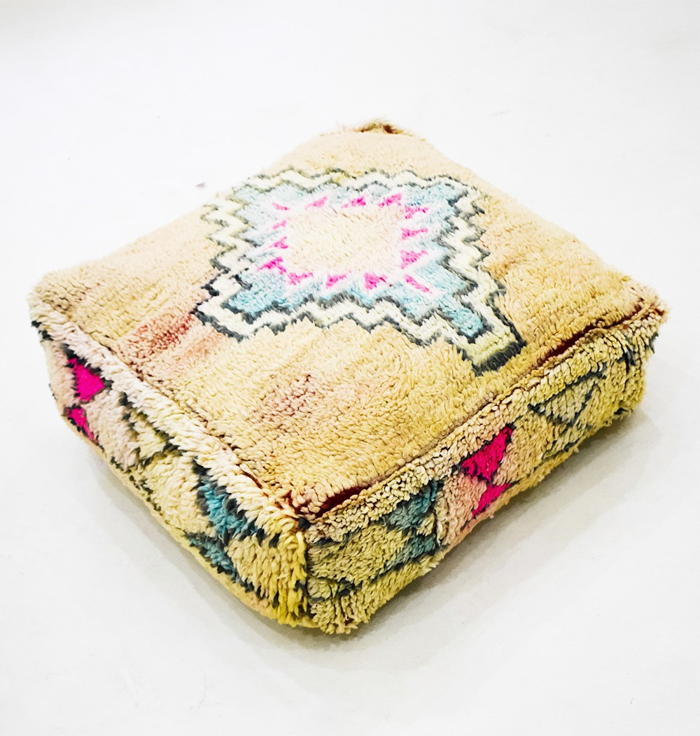 Vintage square pouf in diamond wool and hourglasses