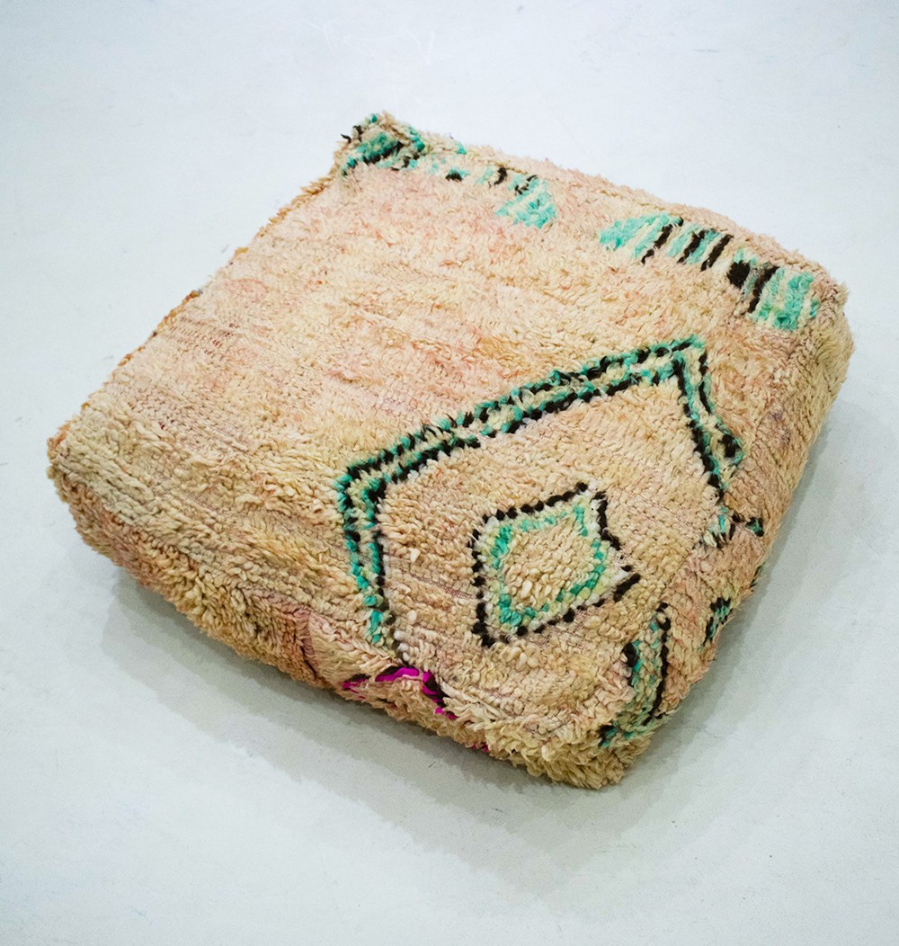 Vintage square pouf in thick shaved and frayed wool Beige, blue black