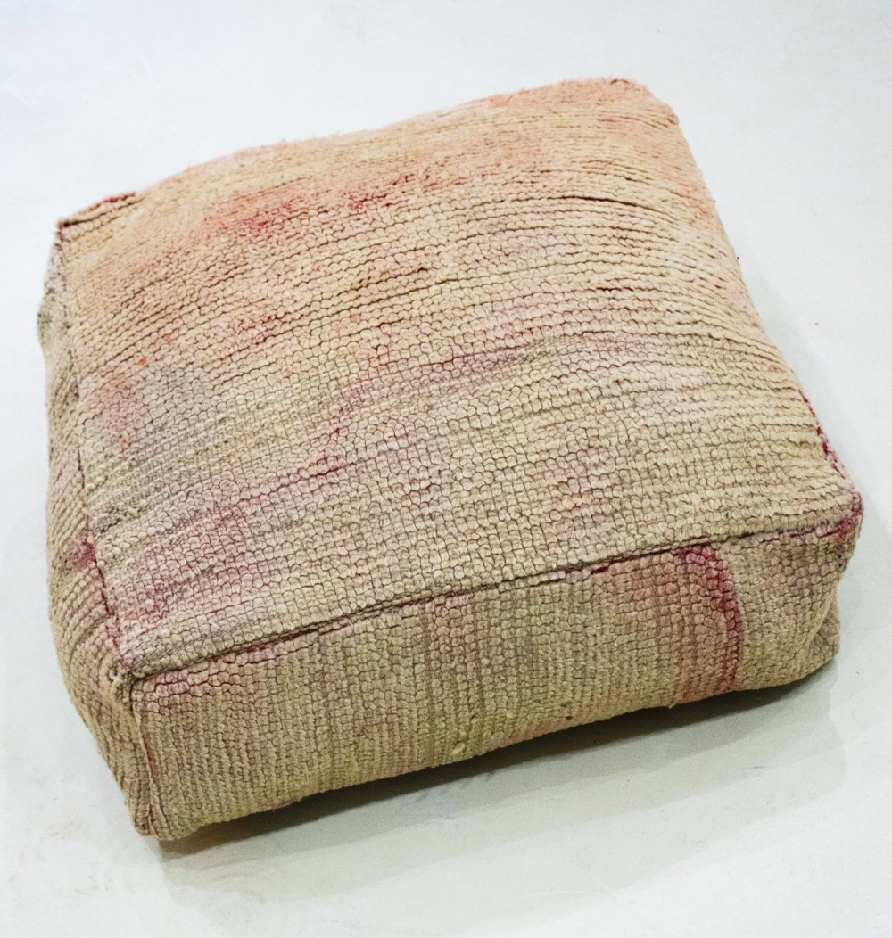 Pouf Vintage carré en laine rase velours Nuancé