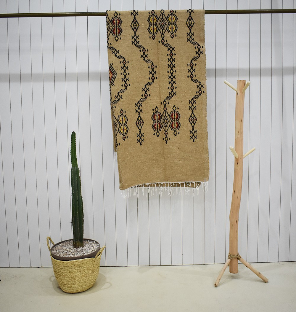 Large Berber hessian-style plaid
