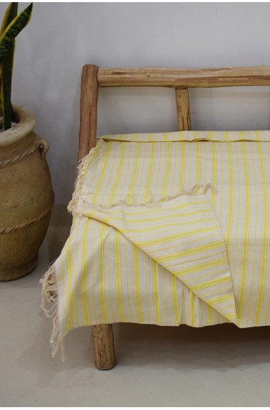 White and yellow striped plaid