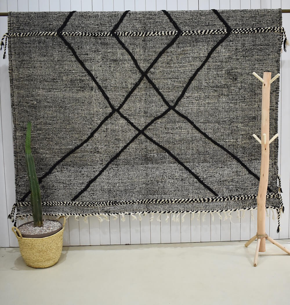 Heather gray and black kilim rug Losange