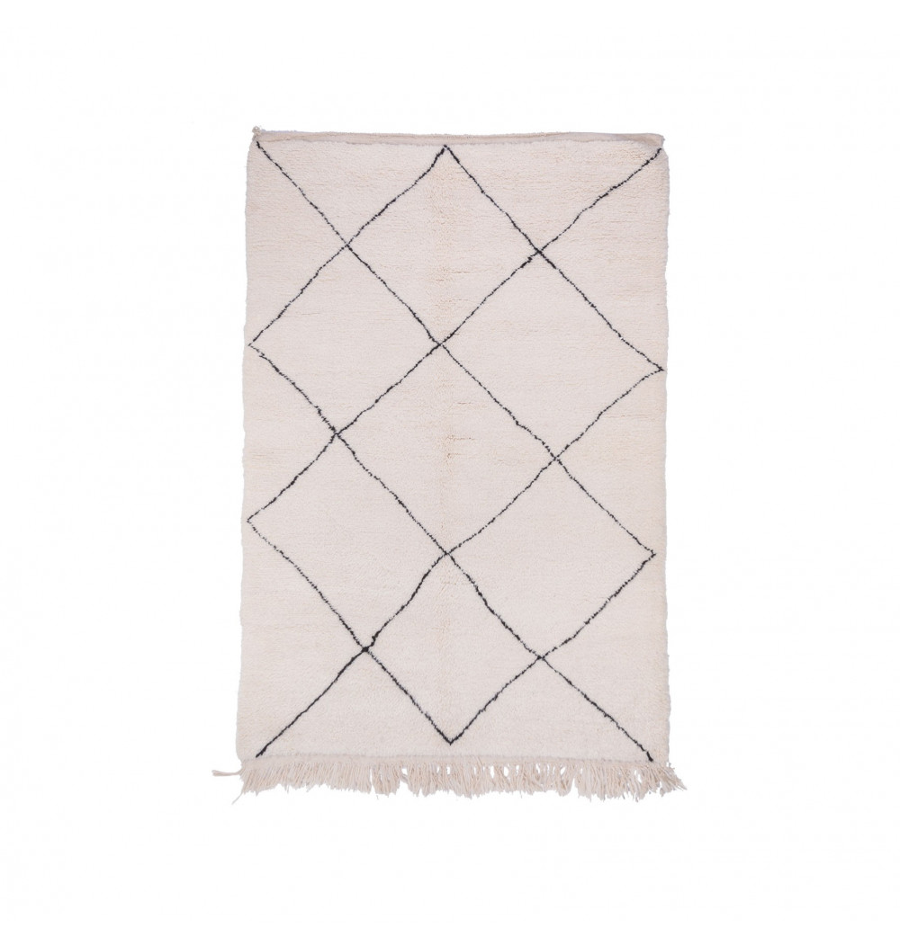 Beni Ouarain rug uni white traced diamond patterns