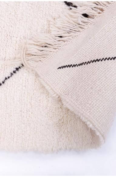 Tapis Beni Ouarain Uni Blanc motifs losanges tracés