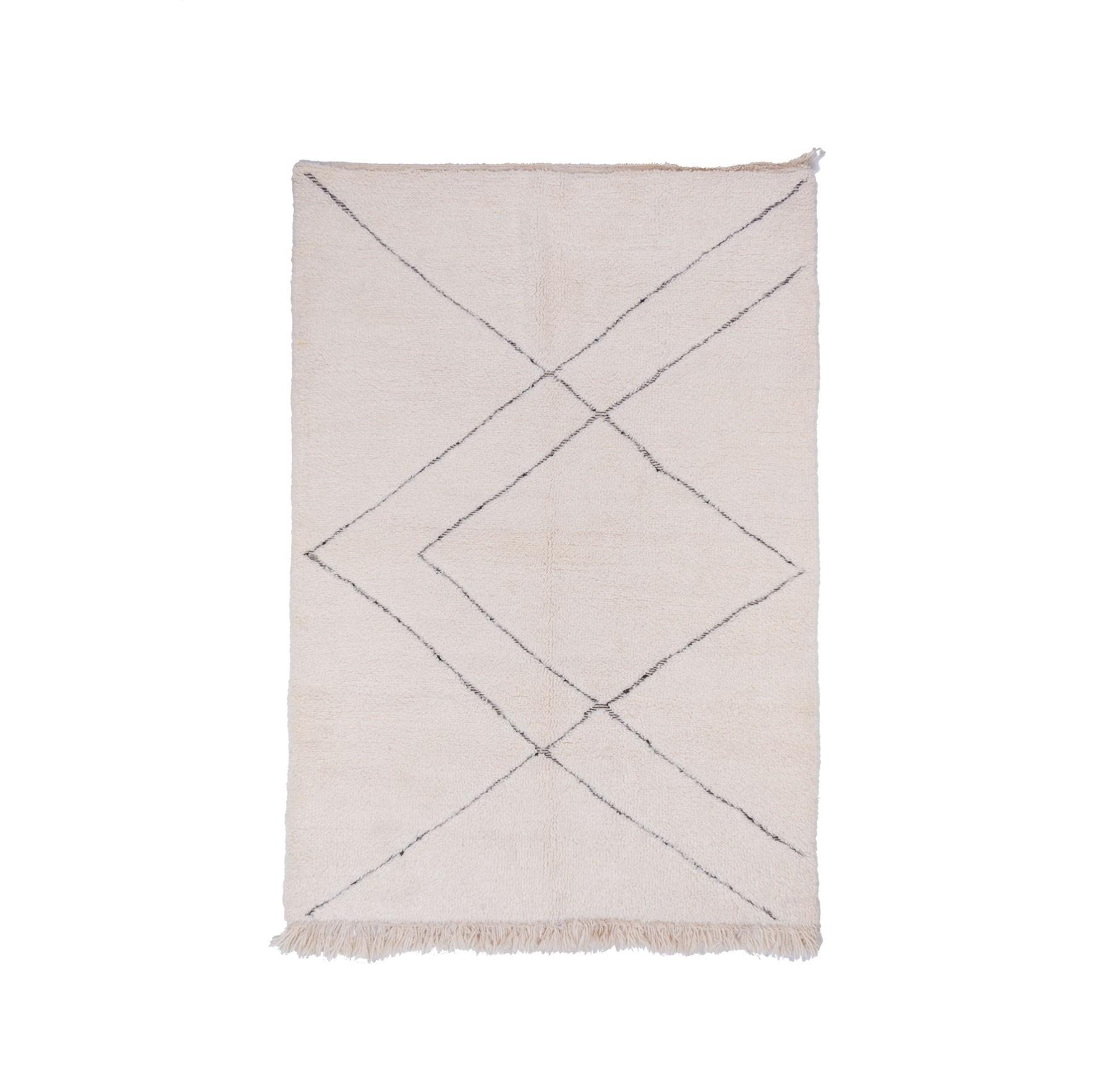 Tapis Beni Ouarain Uni Blanc motifs géométriques en relief