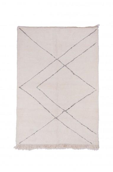 Beni Ouarain Rug Uni White geometric patterns in relief