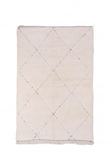 Tapis Beni Ouarain motifs contours irréguliers