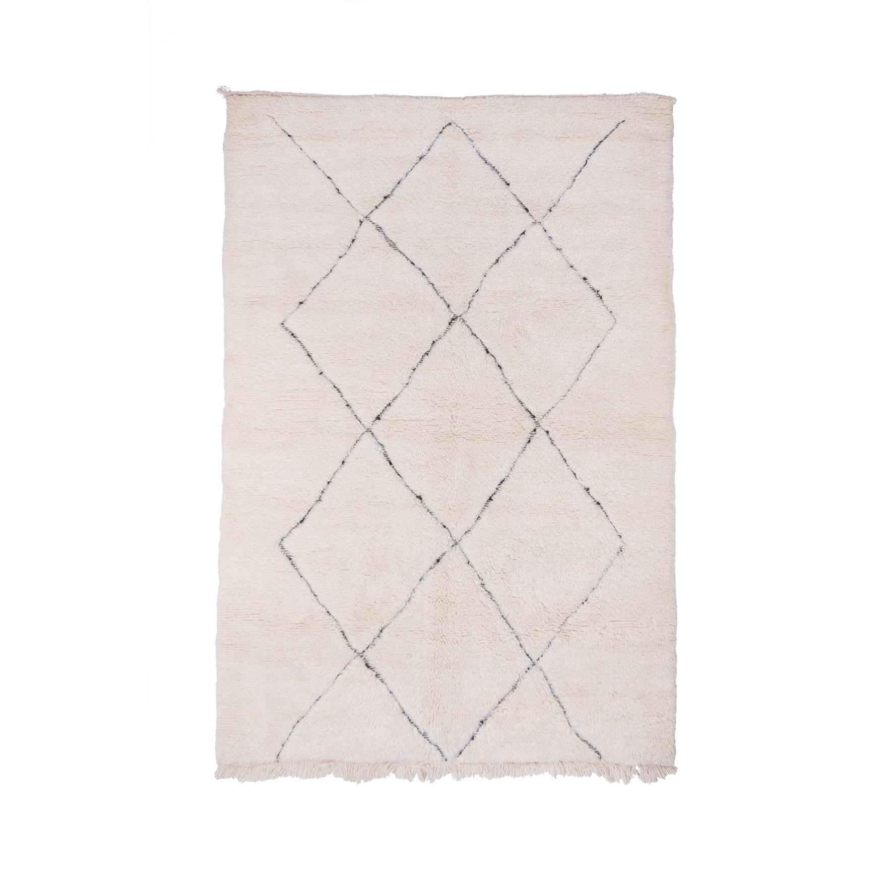 Beni Ouarain carpet 7 full diamonds gray / black outline