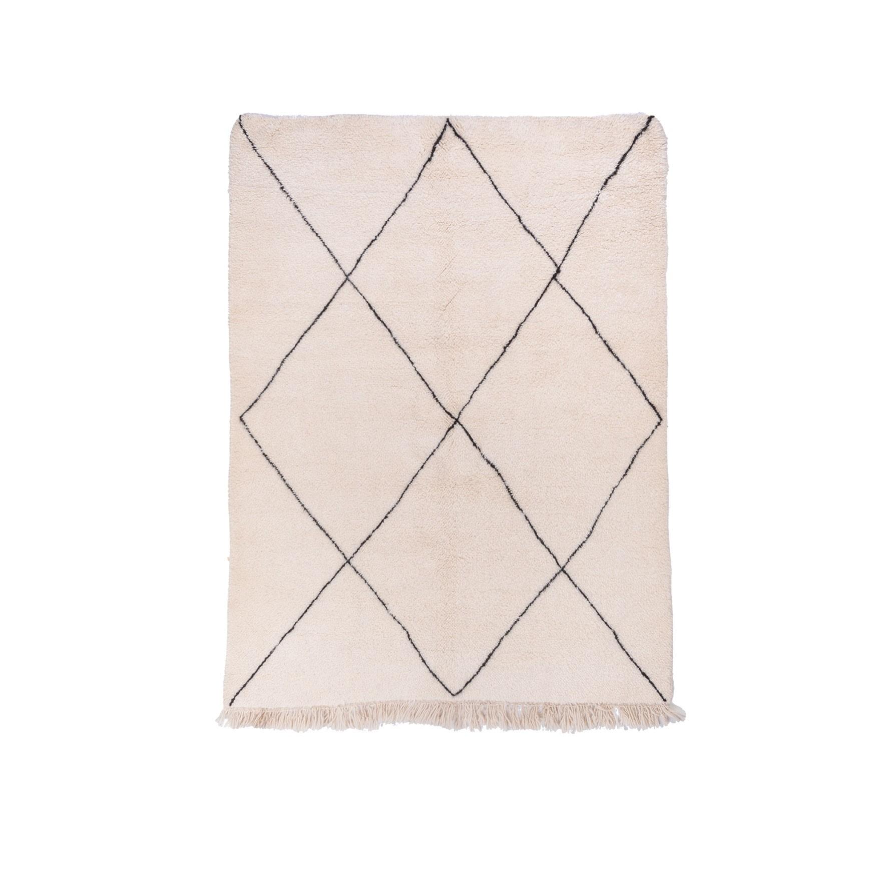 Beni Ouarain rug 4 diamonds black outline