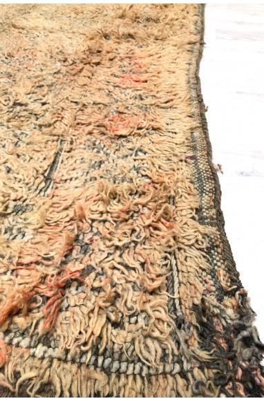 Vintage rug, shade of pink
