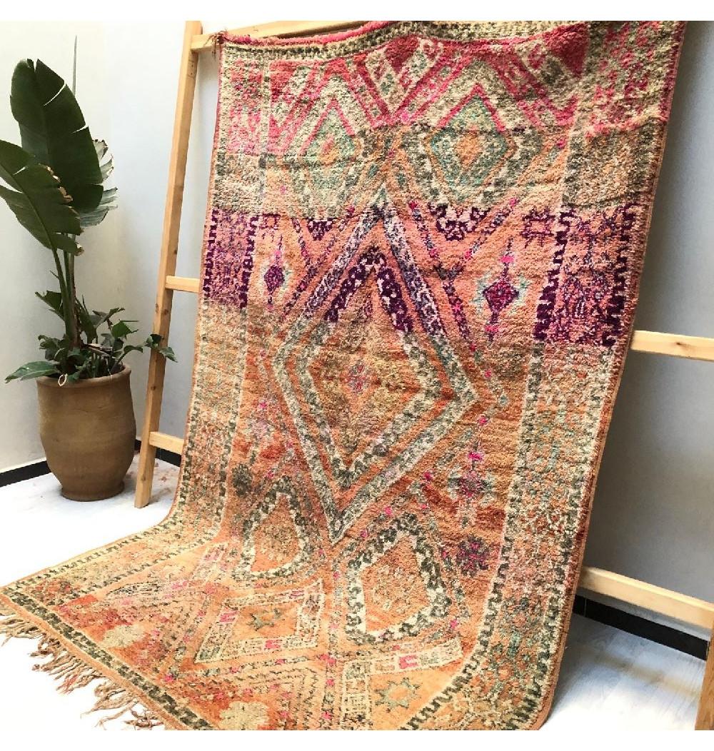 Vintage progression rug
