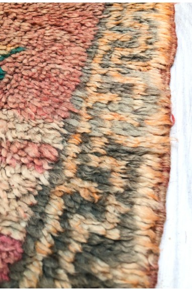 Small Vintage rug background shades pink / purple