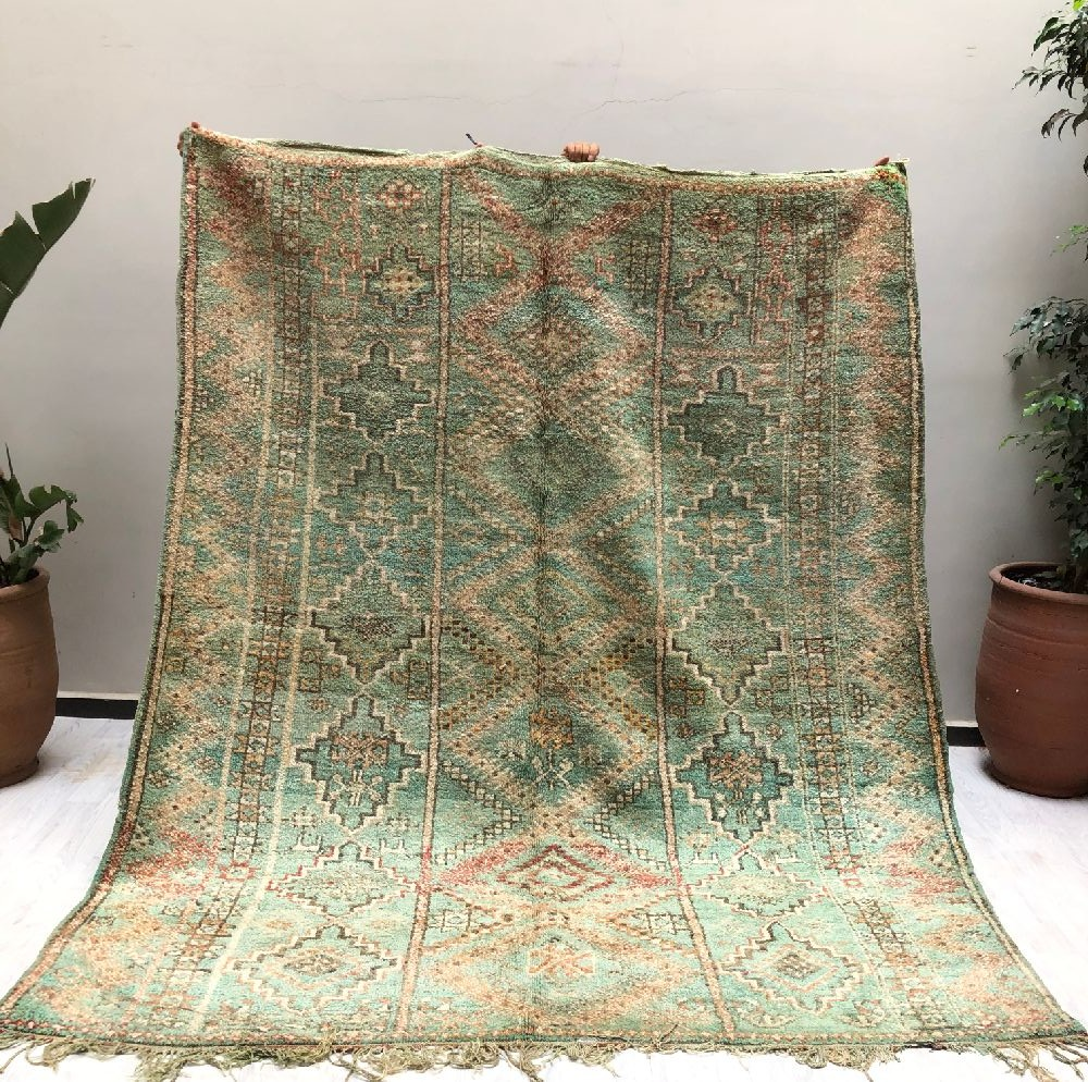 Vintage rug ethnic look gray green tones