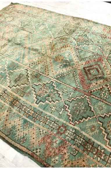 Vintage rug ethnic look gray green tones