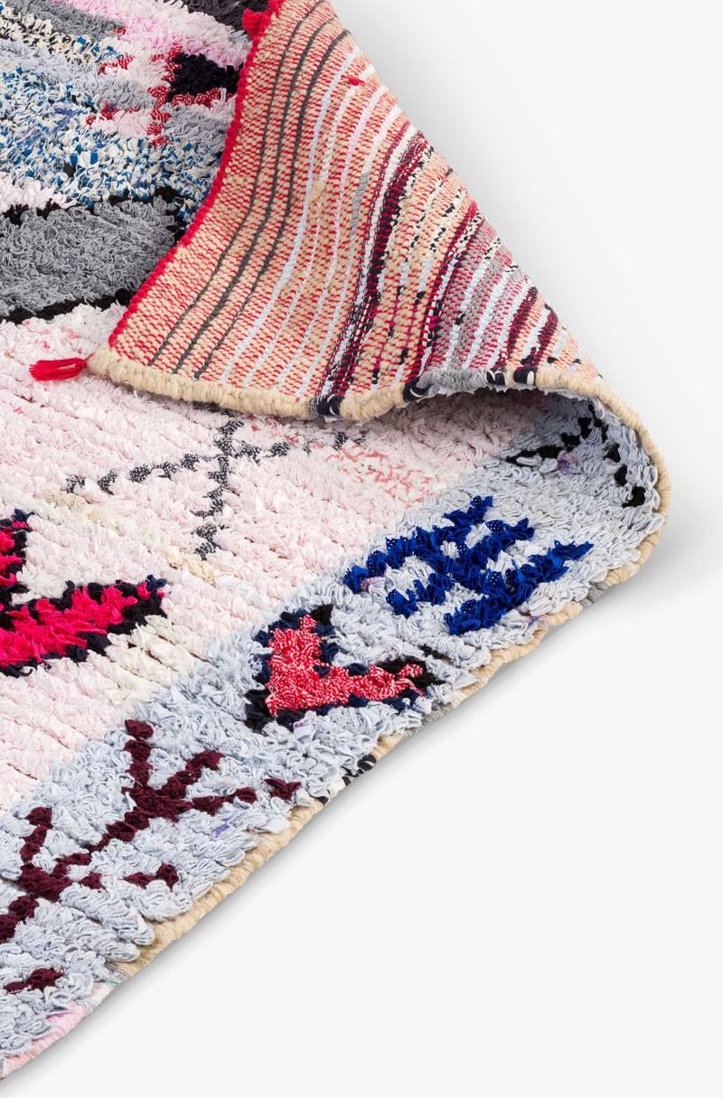 tapis berbere gris et rose tapis boucherouite. Black Bedroom Furniture Sets. Home Design Ideas