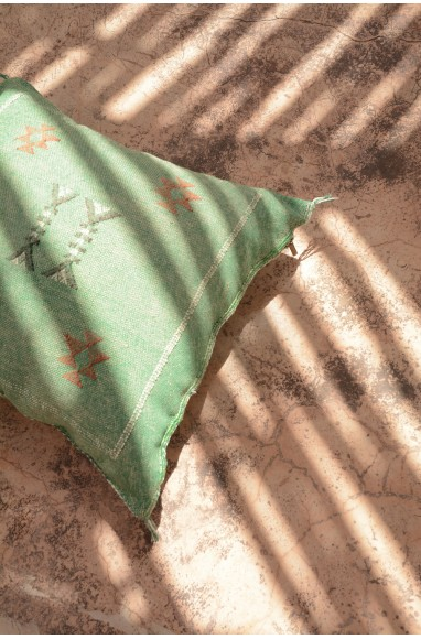 Coussin Sabra vert amande