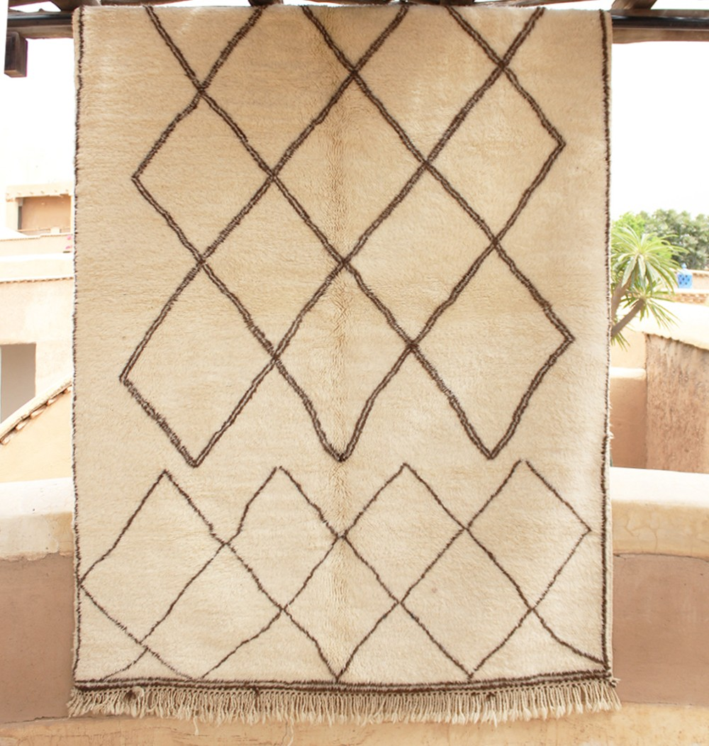 White wool rug with black diamonds