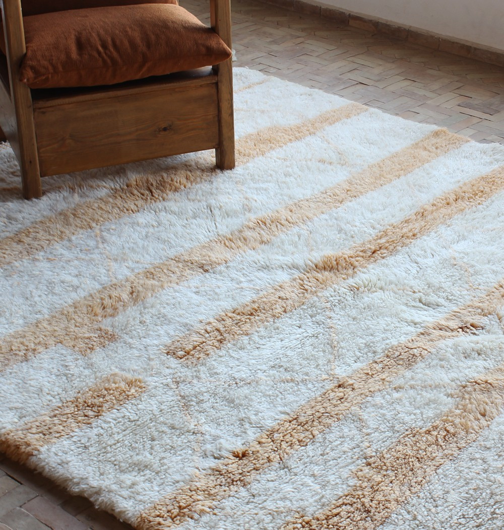 Aurore and white Mrirt carpet
