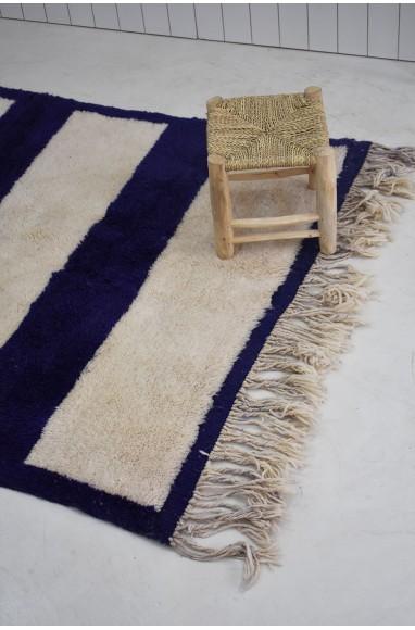 Blue and White Mrirt Carpet