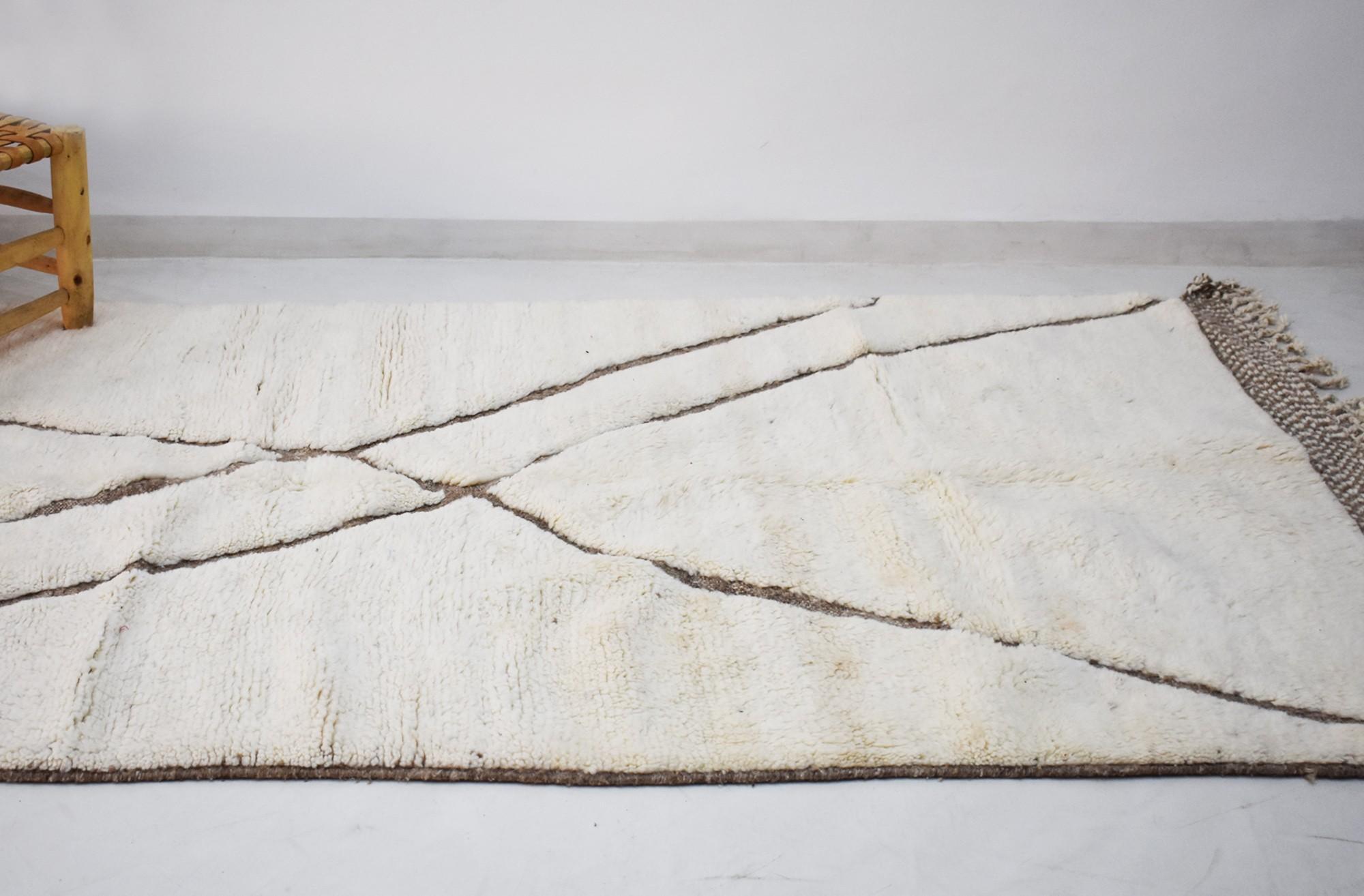 berber carpet long white and black