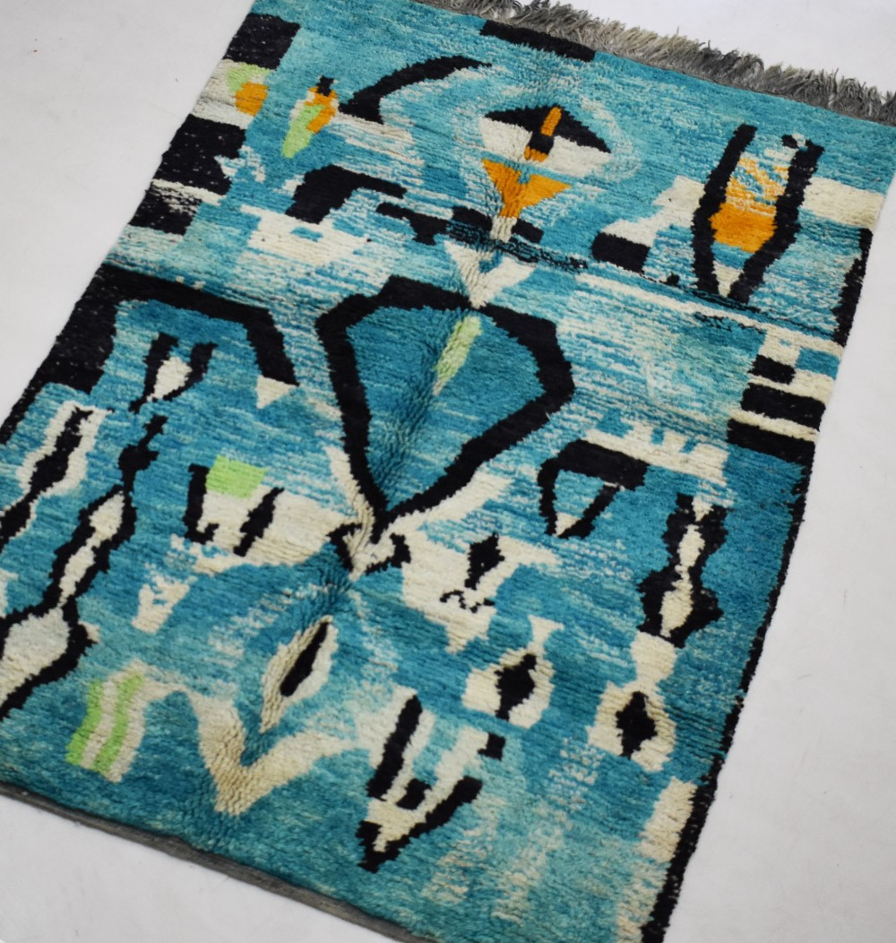 blue and black berber carpet 160 x 235 cm
