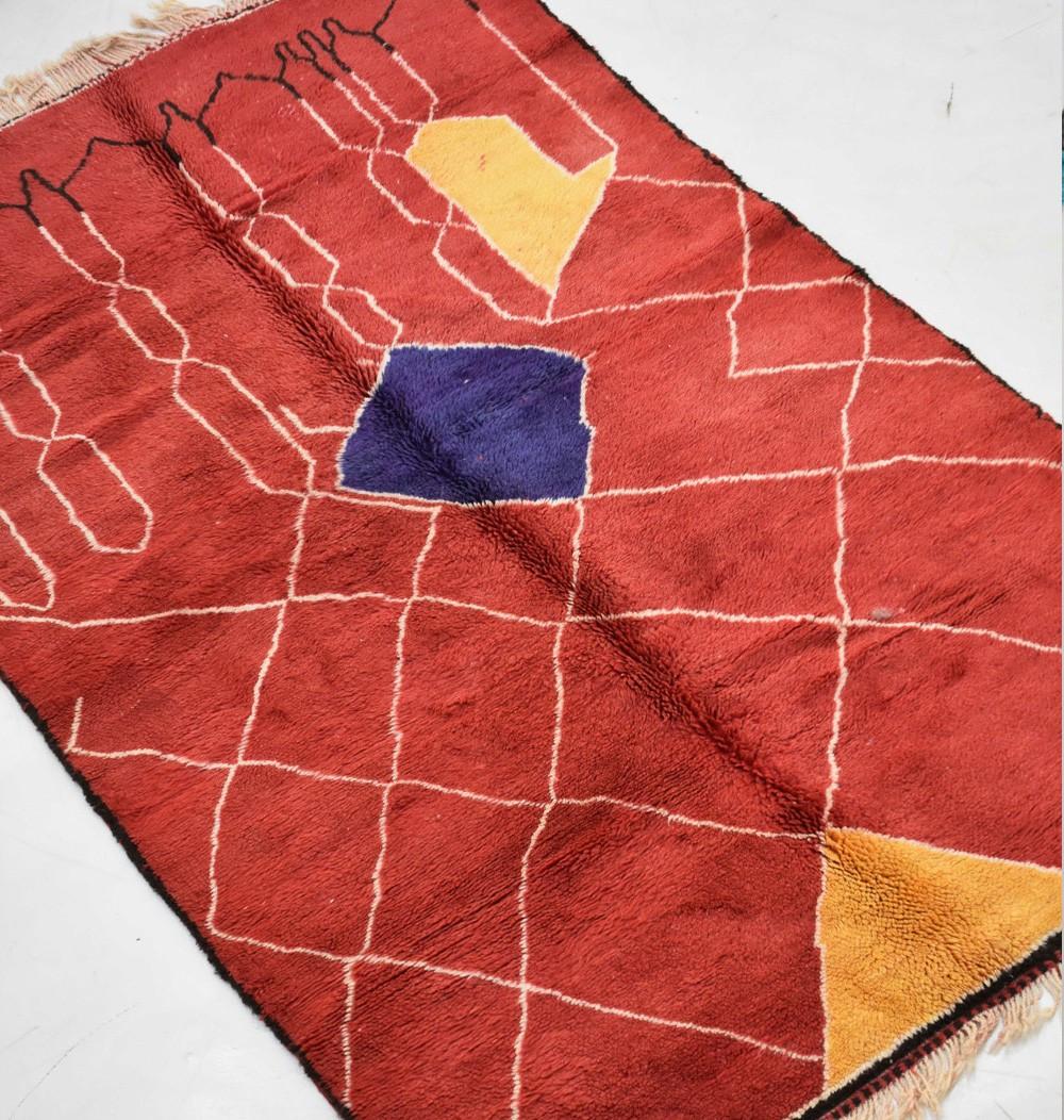 red mrirt berber carpet 160x260 cm