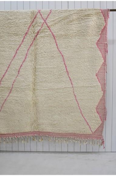 Tapis Beni Ouarain, tissé coton et laine écru et rose