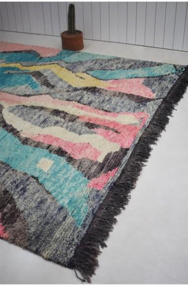 Tapis Berbère aux dominantes gris bleu et rose