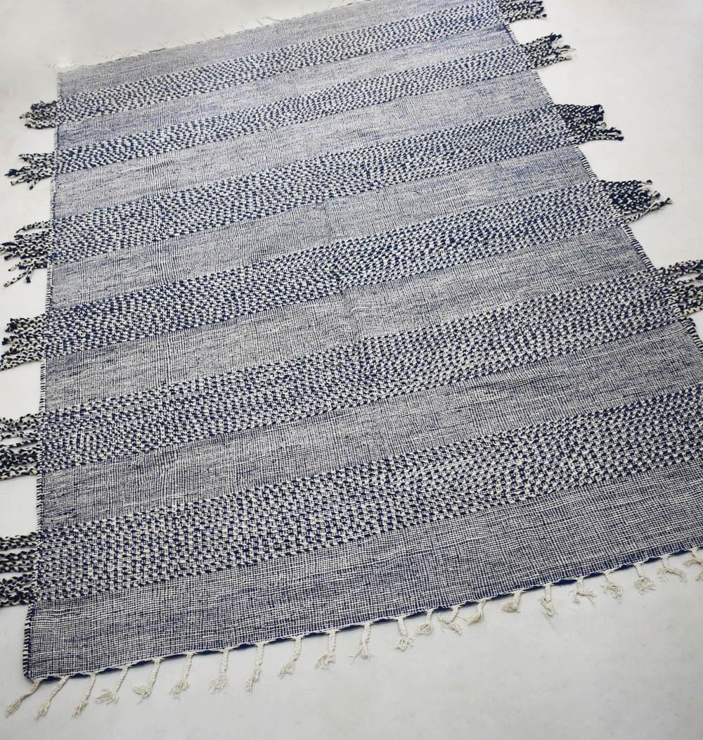 Tapis Kilim bleu et blanc