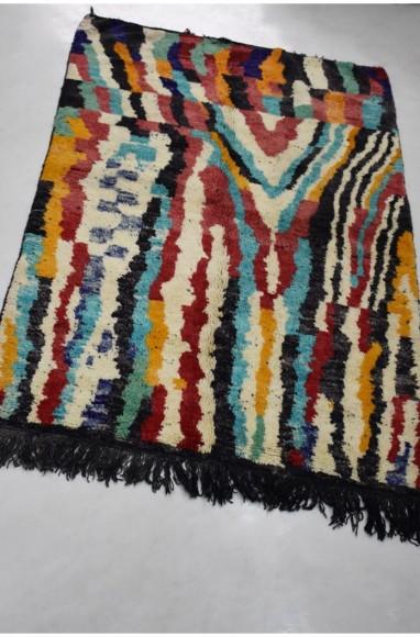 Tapis berbère multicolore franges noires