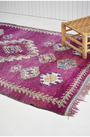 Mauve Berber carpet with diamond patterns