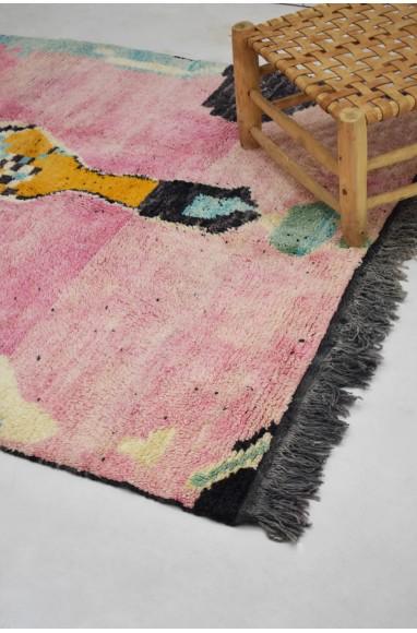 Berber carpet Azilal dominant in pink