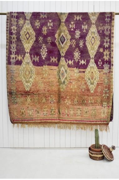 Tapis berbère Vintage fond mi violet et mi orangé