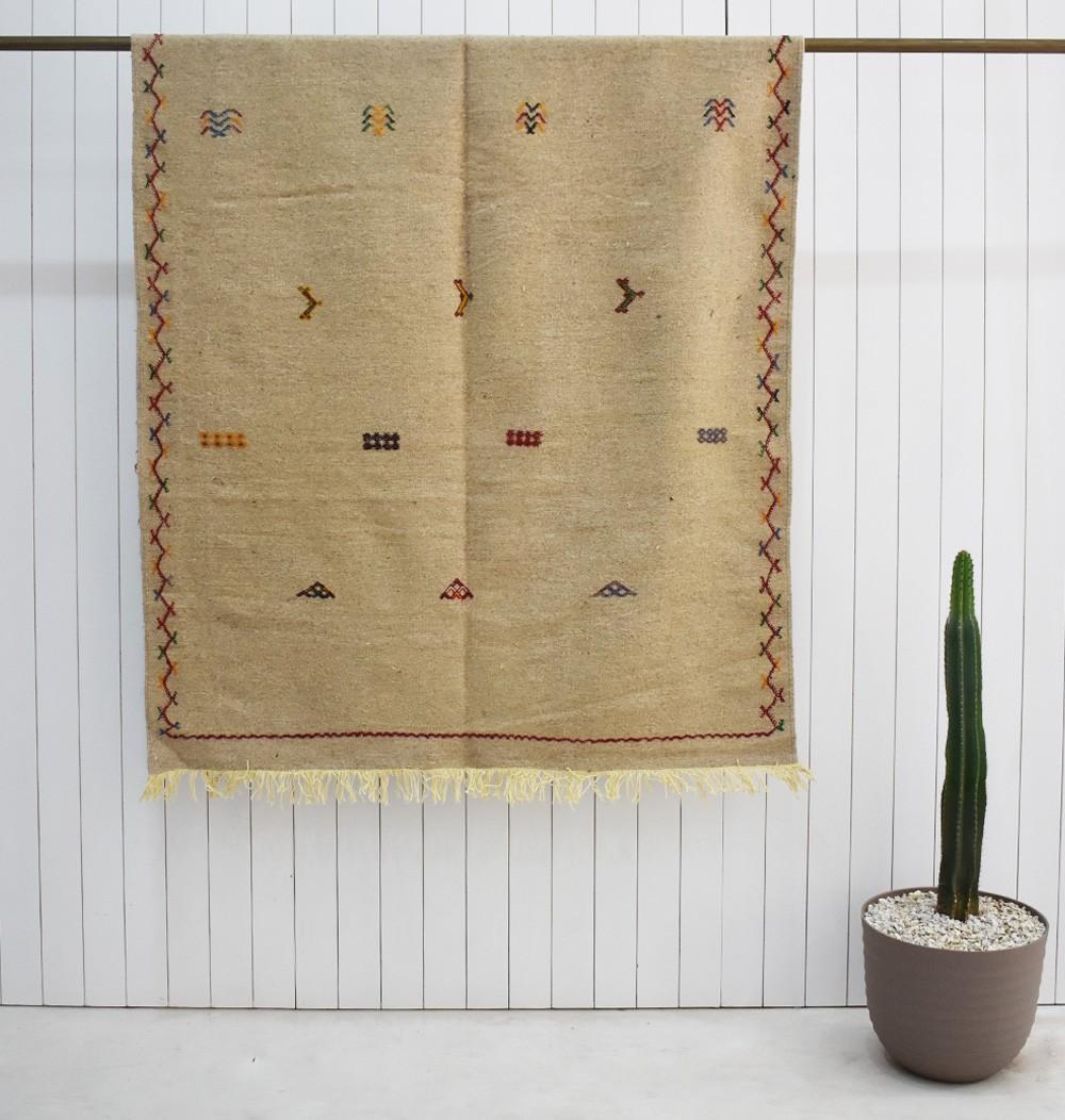 Berber rug Hanbel linen canvas background