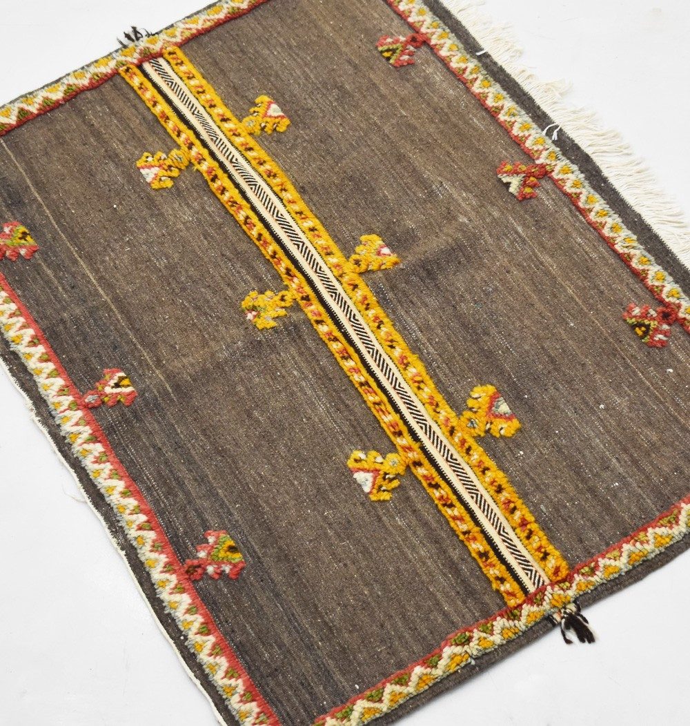 Berber carpet Glaoua fringed side