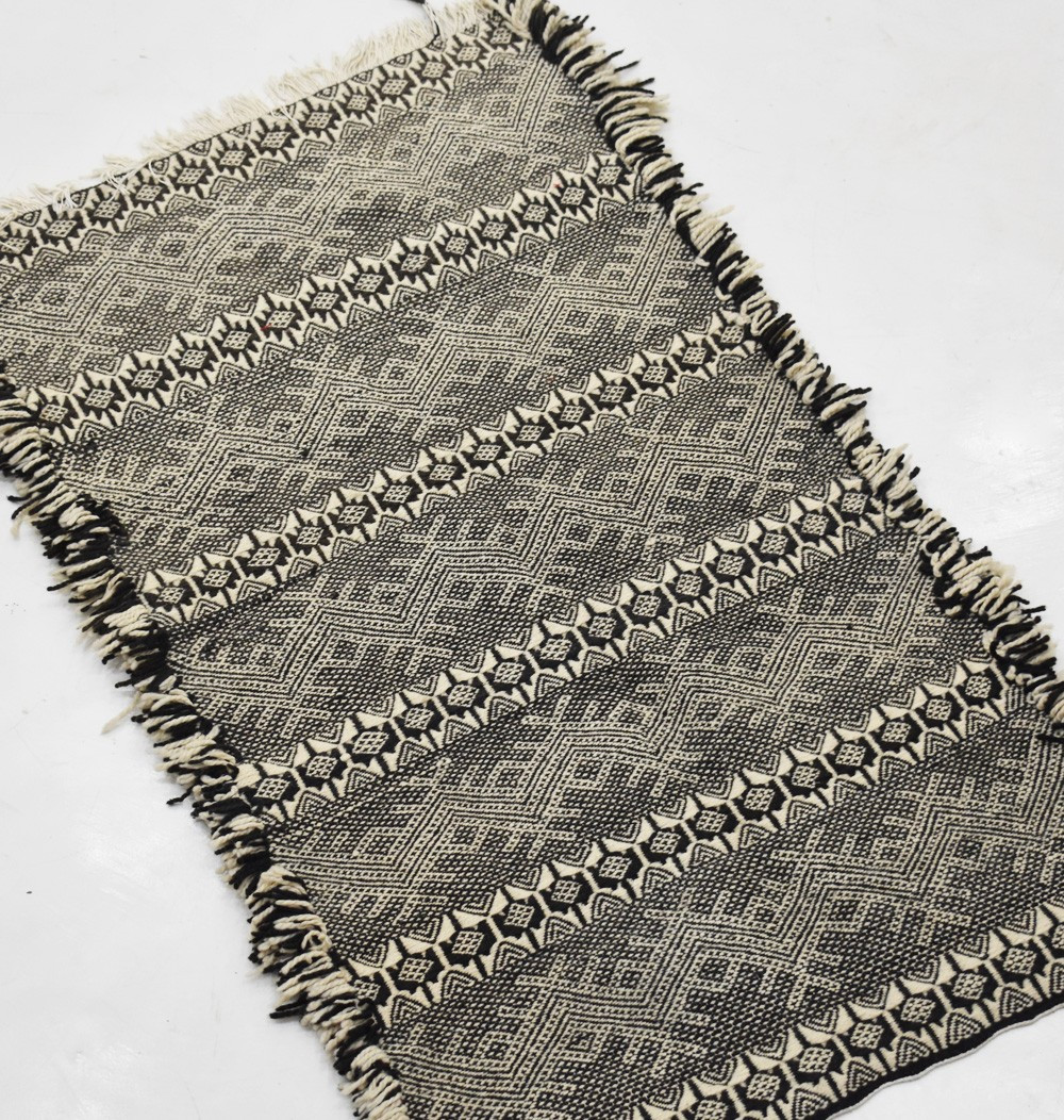 Berber carpet Glaoua black and white