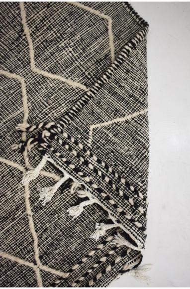 Tapis berbère Hanbel fond chiné noir et blanc