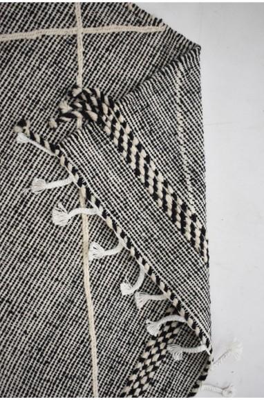 Tapis berbère Hanbel noir gris et blanc