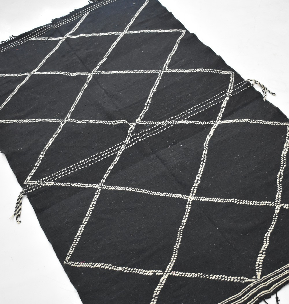 Berber carpet Hanbel black and white and diamonds