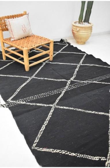 Tapis berbère Hanbel noir et blanc et losanges