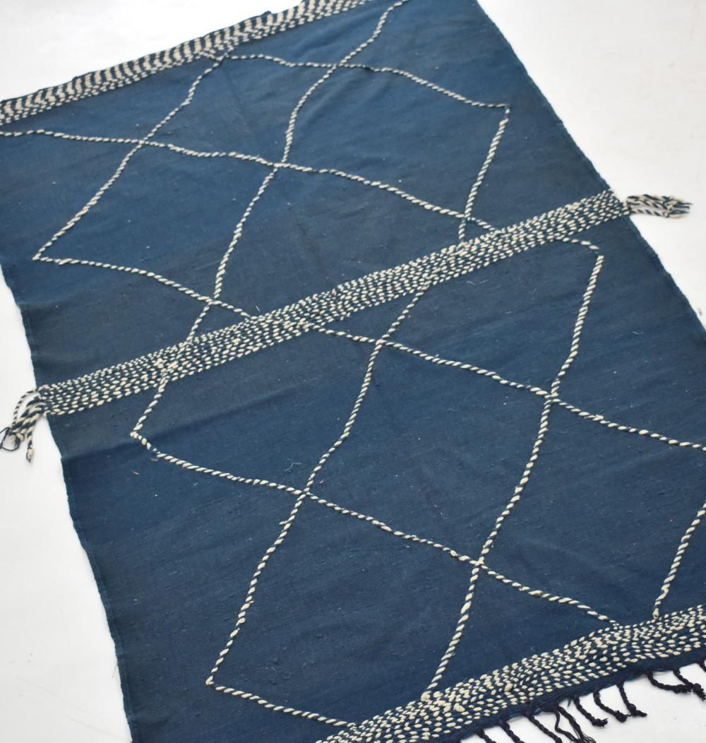 Tapis berbère Hanbel fond bleu