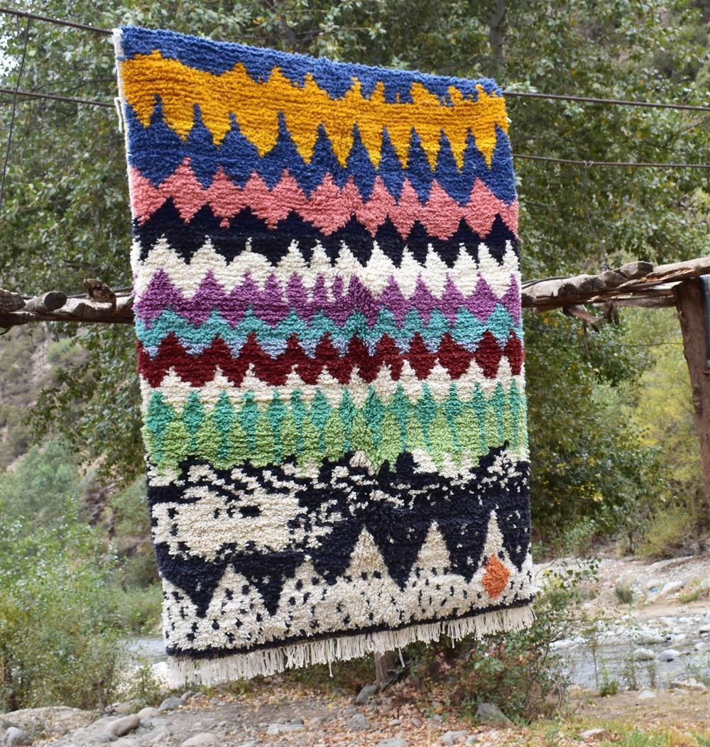 Berber carpet multicolored waves