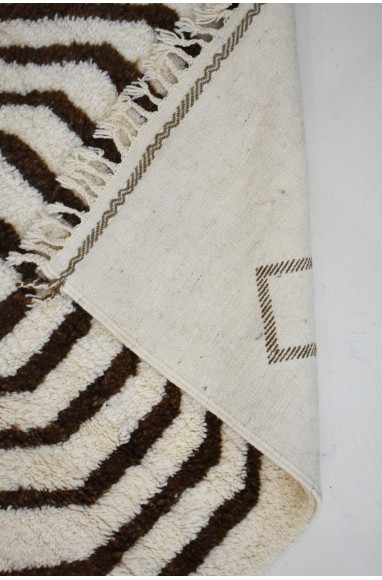 Tapis berbère en couloir serpentin