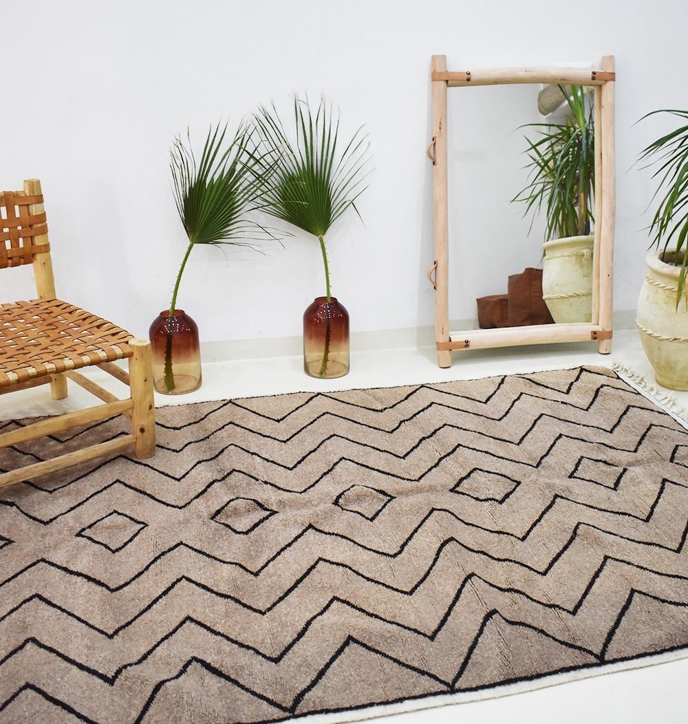 Berber carpet Beni Ouarain taupe
